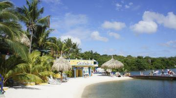 Prive-strand van Limestone Holiday Resort Curacao